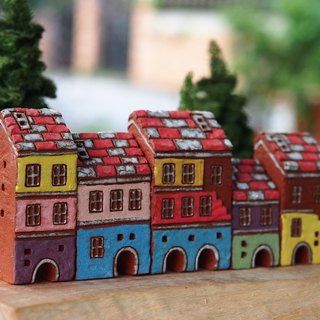 【Colorful Village】 - Hand-painted fairy tale small pottery house - rock red - red and white roof 5 pieces together (without wood accessories with hand tree)