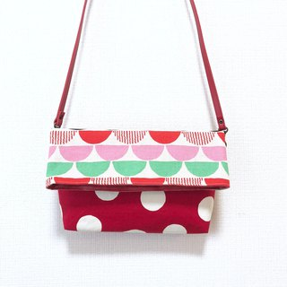 Long belt anti-folding cross-body bag - stitching Japanese imported flower cloth - red round + color semicircle
