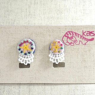 "Hand embroidery earring""Spring color circle big,small"""