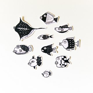 Thick lips fish thick lip fish fish sticker bag diary patrick decoration small Wen Qing Papertape