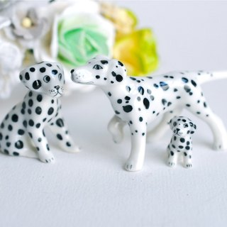 Miniature ceramics supplies, micro mini 101 Dalmatian DOGS family , miniatures, accessories, deacoration paper flowers, terrarium