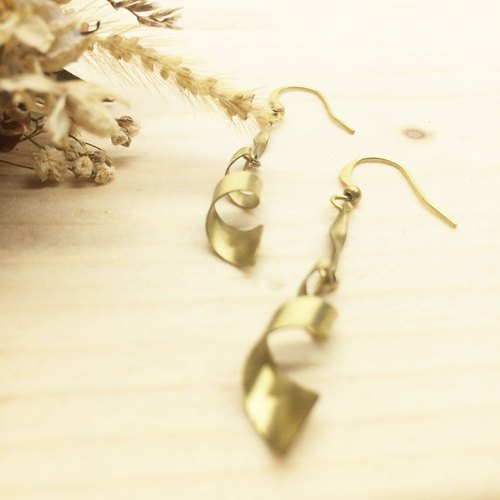Lao Lin Groceries Travelin - Geometrical Romance - Spiral Ear Hook l Ear Pin L Ear Clips