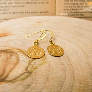 brass tag custom earrings (round, 1 to 3 words)