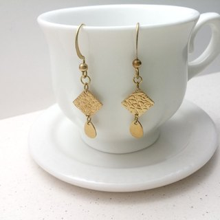 Brass earrings embossed squares