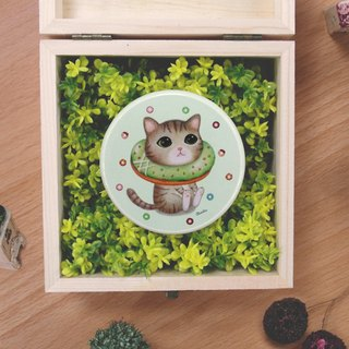 ChinChin painted cat sided small round mirror - Matcha donuts