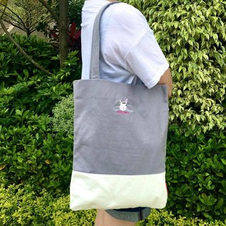 The.Playing.Forest-Cocomo Embroidery Canvas Tote / Grey,White