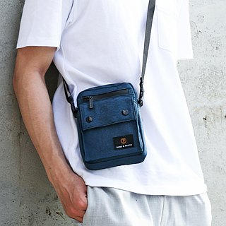 [THE DUDE] Image Lightweight Pouch Waist Bag - Blue
