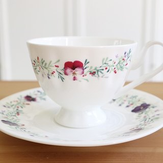 Christmas gift / beautiful three-color tibia porcelain afternoon tea cup group quantity more price concessions