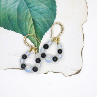 [Riitta] Black and white circle earrings (can change clip)