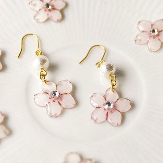 031 SAKURA DROP PIERCE(イヤリングOK)