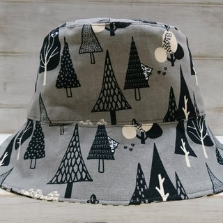 Forest Creatures & Black and White Plaid Double-Silk Fisherman Hat/Top Hat
