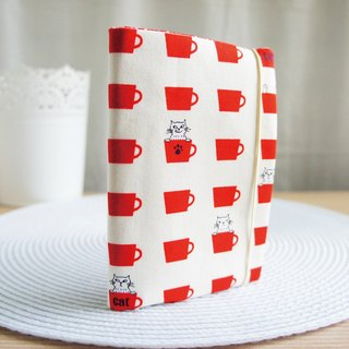 Lovely [European cloth] cup cat hide and seek passport holder, book cover 9.5X14cm white red cup