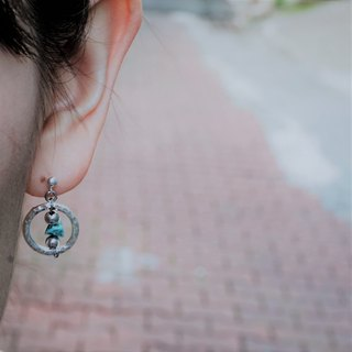 << Confidence Aperture - Turquoise>> 925 sterling silver natural stone dangle earrings (can be changed ear clip)