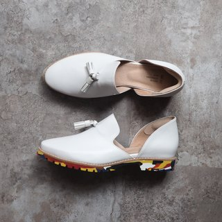 Love Flower Love - White Sheepskin + Color Sole