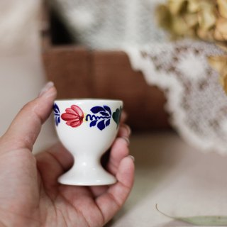 [Good day fetish] Netherlands vintage hand-painted botanical ceramic egg cup / leaf / pattern / pine cone