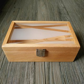 Handmade Taiwanese oak + sandblasted glass box unique