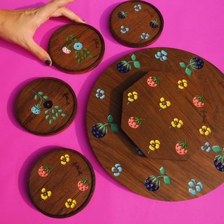 Strawberry Pansies Teak Trays and Coasters Set