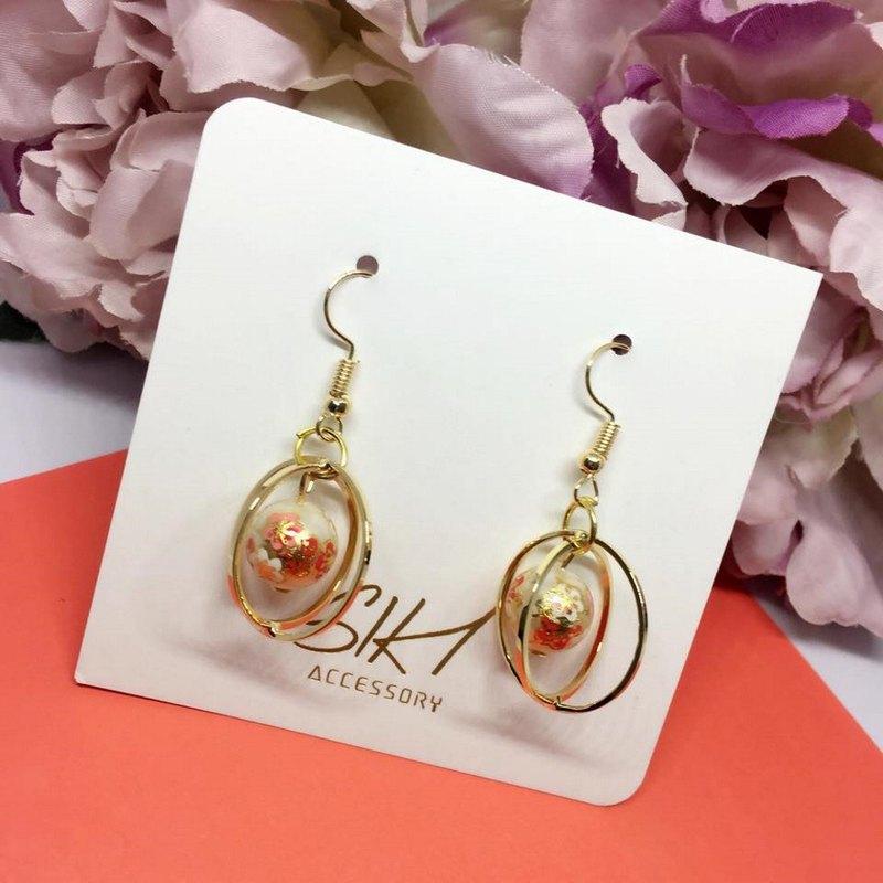 【可轉耳夾】日本入口彩繪珠 配 金色立體十字 耳環