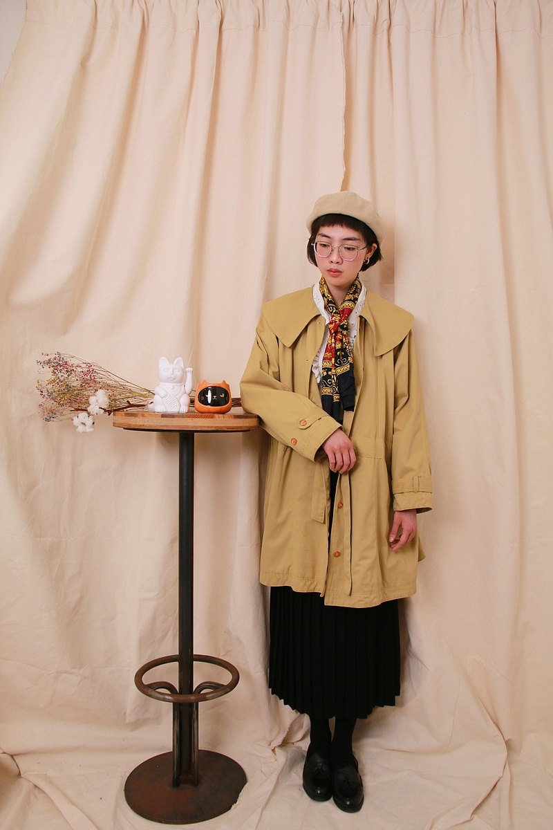 Back to Green:: 風衣外套 小春日和 vintage Coat