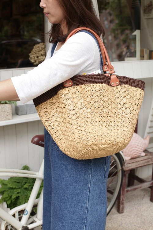 【Good day hand】 hand weaving. Fan-shaped flowers woven bag