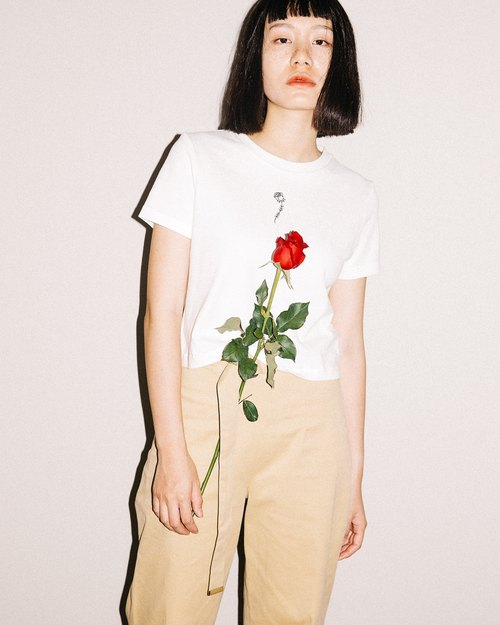 Rose crop top in white