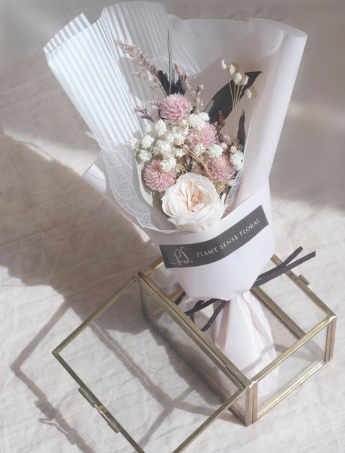 Spot bouquet ~ ~ pink color of the Department of immortal flowers do not withered light pink garden garden rose do not fall hydrangea Korean bouquet bouquet