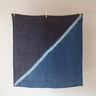The indigo dyeing hemp wrapping cloth (boundary)