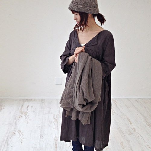[Armoire * Thin linen 100% open collar T-line one-piece * Brown [rm-11]