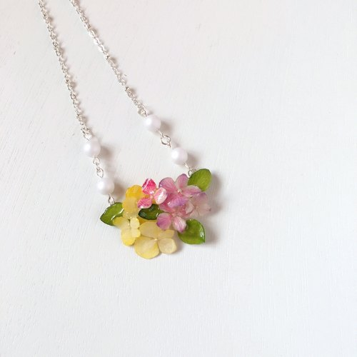 *Haku‧Neko*Hydrangea flower mini flower garden colorful yellow pink flower flower necklace necklace (three-dimensional flower series)