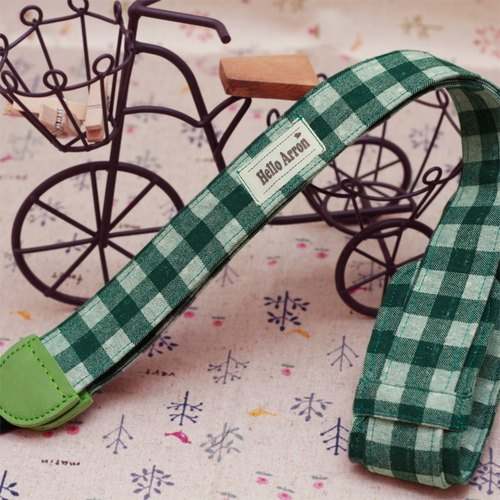 Picnic green checkered camera with embroidery camera strap (+ decompression strap models) can be customized