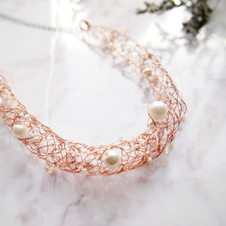 Elegant hand woven gold copper wire with white artificial pearl necklace N135