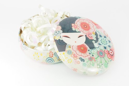 2016 spring and summer ✤ Australia and blessing doll Tamako tin box