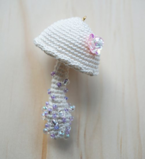 White mushroom necklace pendant pure hand crochet