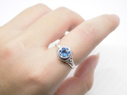 London Blue Topaz elegant blue topaz sterling silver ring inlaid hand-made in Nepal