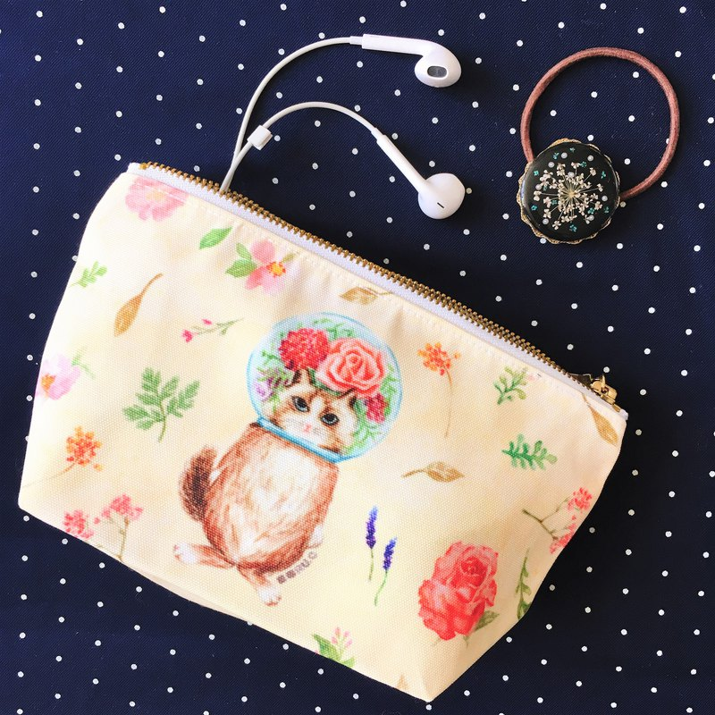 Storage bag / cosmetic bag / pencil case*glass ball cat*lady cat