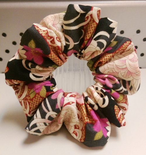Handmade hair band Xiu Xiu E. Ball - Daisy (pink) (M)