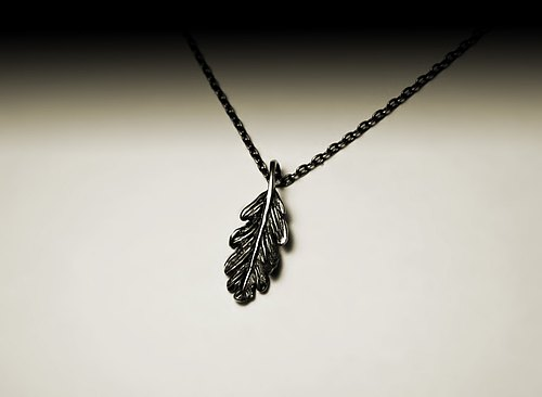 """Little leaf necklace"""