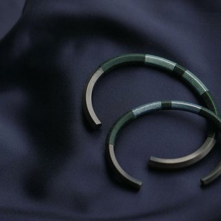 I StandOn I Valentine's Day Limited Matte Black Bangle- Pure Green