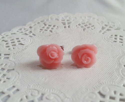 F503 spring romantic flower language [cherry pink ♥ rose] ear earrings. Anti-allergic ear / ear clip
