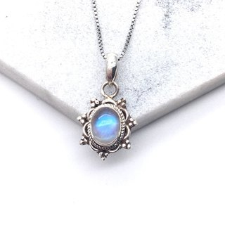 Moonstone Quartz Elegant lace necklace in Nepal handmade inlay production