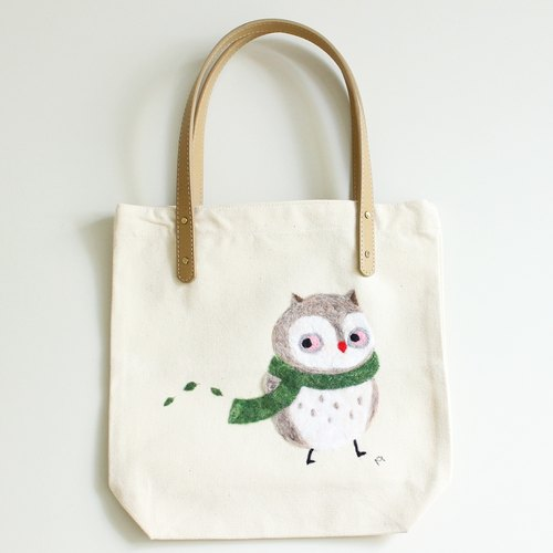 White Owl tote bag - Wool felt embroidery bag