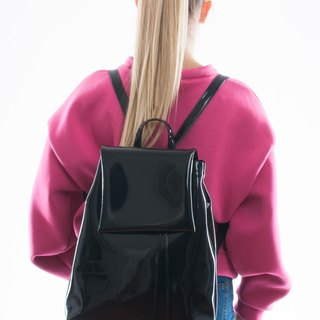 BOO backpack patent leatherette