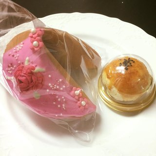 [C.Angel Wedding] Rose pattern Fortunately for the moon cake Fortunately, Fortunecookie shadow