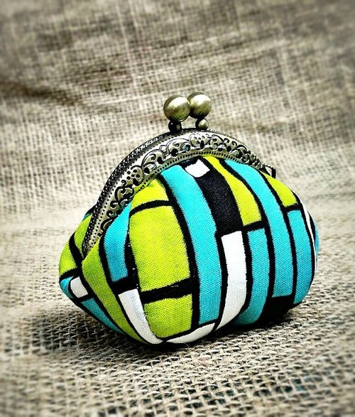 【MY。手作】mini kisslock coins bag / little coins purse / 100% hand-stitches ~ stripe