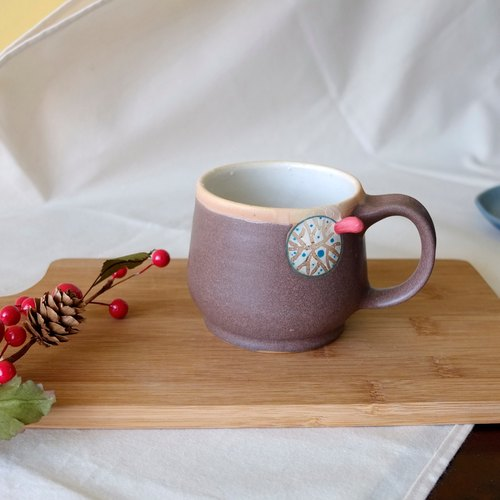Red twist warm cocoa coffee cup / pottery cup / handle cup