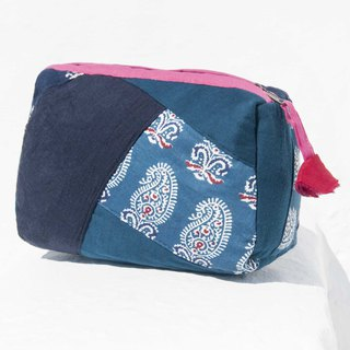 Valentine's Day gift Mother's Day gift birthday gift limited edition a blue stained patch storage bag / ethnic wind bag / camera bag / woodcut cosmetic bag / phone bag / travel clutch - indigo patchwork tannin flowers