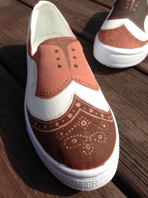 Hand painted shoes - counterfeit goods on the 2nd