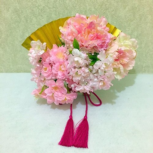 Suehiro bouquet Japanese fan-shaped bouquet Cherry blossom fairy Light