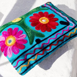 Valentine's Day gift a limited edition hand-embroidered long admission package / national wind bag / camera bag / cosmetic bag / cell phone bag / clutch - boho style colorful desert flower embroidery totem