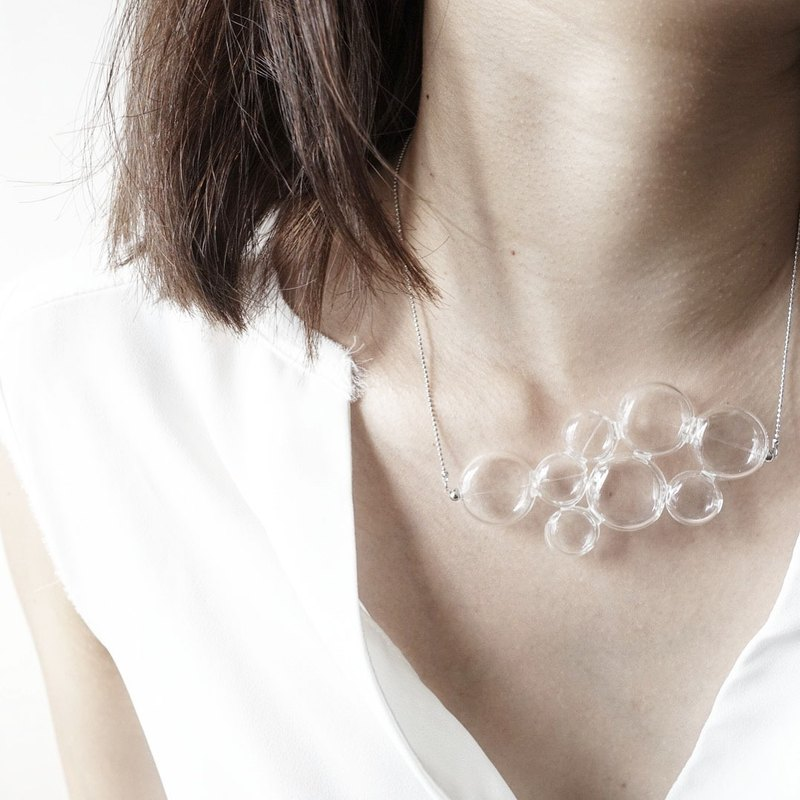 Bubble Glass Wave Necklace